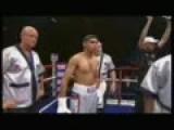 Amir Khan Demolishes Graham Earl 8 12 07