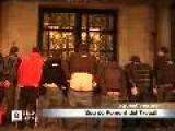 Avalot Protesta Amb Un Repique De Nalgas Com A Protesta Davant De La Patronal