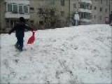 Kelly Y Raul Sobre Nieve Cuidado Con El &#195 &#161 Rbol