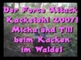Micha & Till Beim Kacken Im Walde