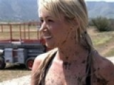 Sara Underwood Gets Dirty