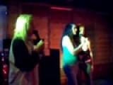 Rockin Robin Singing Alice Cooper