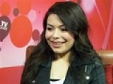 Miranda Cosgrove Helps Kids