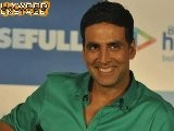 Akshay Kumar Steals A Watch!
