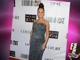Alicia Keys Shows Off Baby Bump