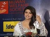 Bollywood Aces Walk For Mijwan Welfare