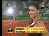 Pamela David Strip-tenis