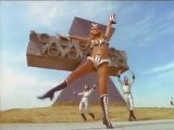 Raquel Welch Space-Girl Dance 1970