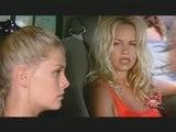 Pamela Anderson, Nicole Eggert, Dans Alerte à Malibu
