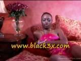 Sexy Black Porn Ass Shaking