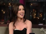 David Letterman - Julianna Margulies Waits On Julia Roberts - Season 17 - Episode 3274