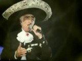 Vicente Fernandez - Que De Raro Tiene Official Music Video